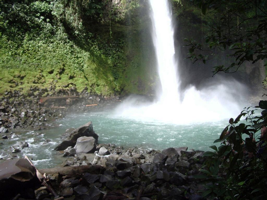 Cavalgada até a Cachoeira La Fortuna