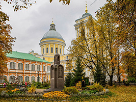 Private-Alexander Nevski Monastery, St Petersburg