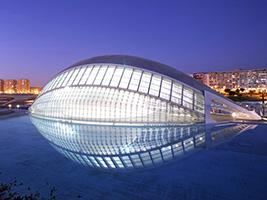 Hemisfèric y Museo de las Ciencias - Hoteles en Valencia