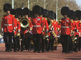 Panoramic tour of London, St Paul's Cathedral and Changing of the Guard, London