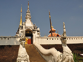 Secular And Religious Architecture Of Lampang From Hotel In Chiang Mai City Only (TTLP03), Chiang Mai