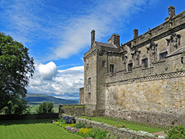 Loch Lomond National Park and Stirling Castle (1 day tour), Edinburgh