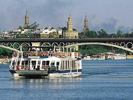 Crucero en el río Guadalquivir desde Torre del Oro - Hoteles en Sevilla