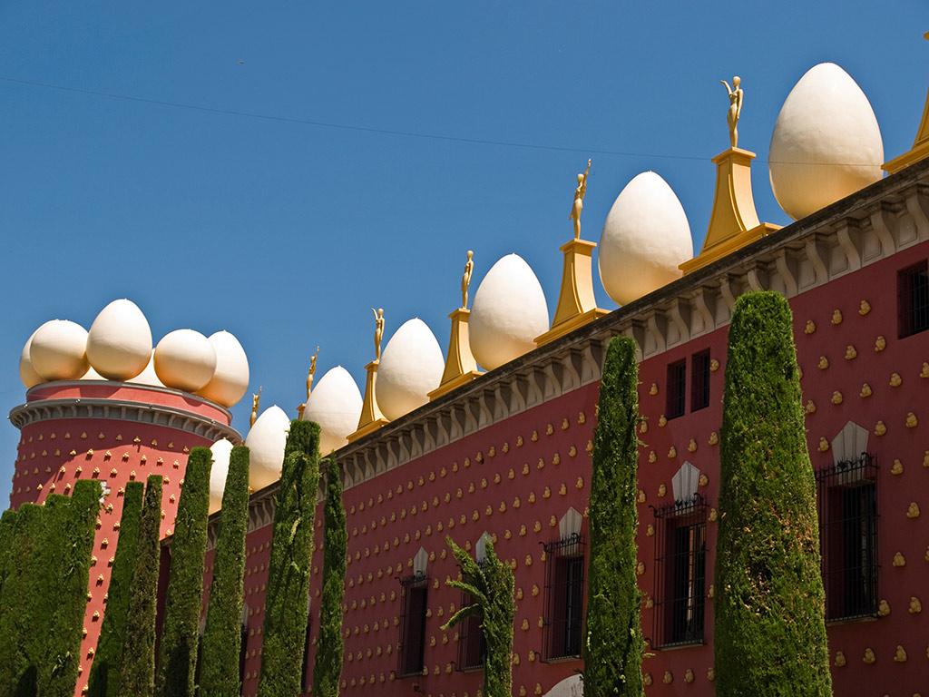 The Dalí Theatre-Museum tour