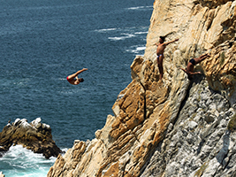 Cliff Divers Show and Dinner, Acapulco