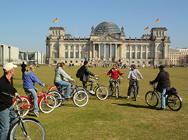 Panoramic Bike Tour in Spanish- Private, Berlin