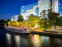 Discover Berlin by Boat, Berlin