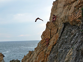 Cliff Divers Show Express, Acapulco