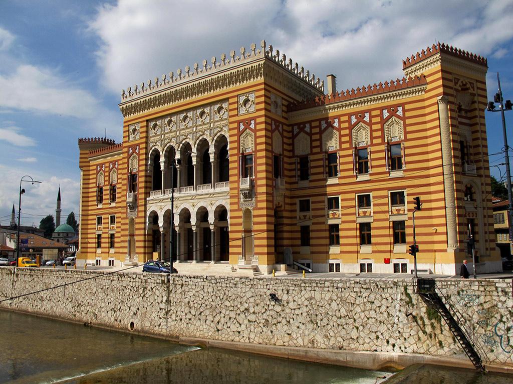 Sarajevo Gulliver Travel From Mostar Private Hotels