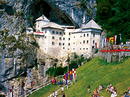 Postojna Cave and Predjama Castle Tour with Hotel Pick up, Ljubljana