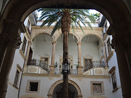 Walking Tour in Palermo - Sovereigns and People, Sicily