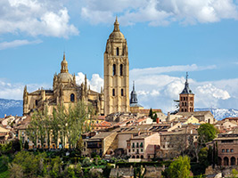 Toledo and Segovia with access to the Alcazar, Madrid
