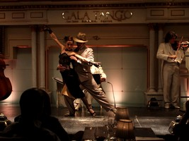 Dinner/Show executive in Gala Tango with transfer, Buenos Aires