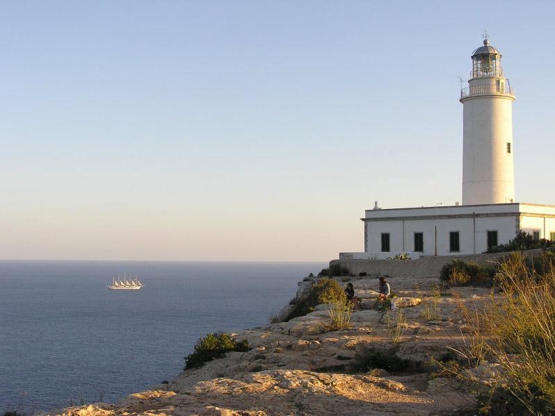 Ruta en autobús por Formentera