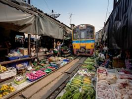 Full Day Floating Market and Railway Market with Lunch, Bangkok