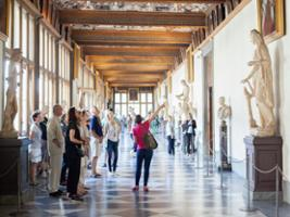 Uffizi Masterclass by an Art Expert with Early Entrance Tour – Small Group, Florence
