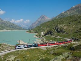 Bernina Train St. Moritz, Milan