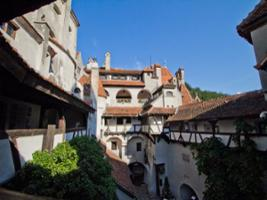 Private Tour: Dracula & Peles Castles and Transylvania, Bucharest