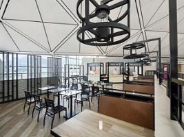 Plaza Premium Lounge - Terminal 1 Departures, Hong Kong