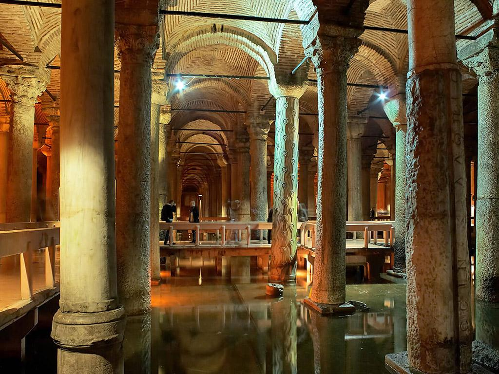 Cistern and its types.