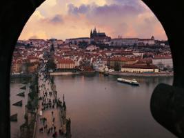 Prosecco Cruise, Prague