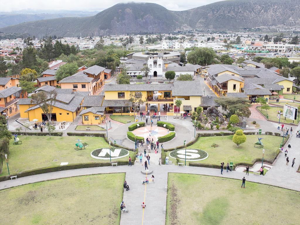 Pacote Combinado: Quito à Noite + Metade do Mundo Tour