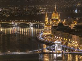 Budapest by Night, Budapest